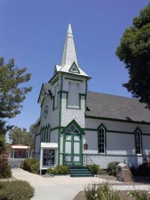 Community Church of Poway image. Click for full size.
