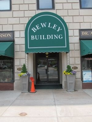 The Bewley Building Entrance, Market Street image. Click for full size.