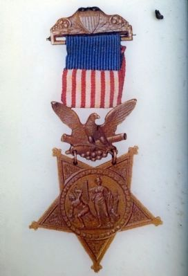 The Army Version of the Medal of Honor image. Click for full size.