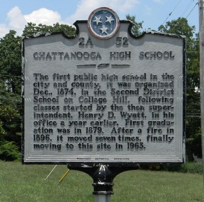 Chattanooga High School Marker image. Click for full size.