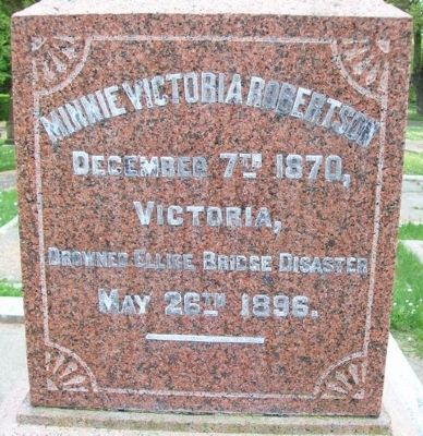 Minnie Victoria Robertson Monument image. Click for full size.