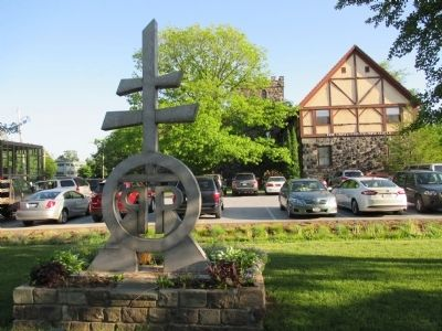 The Roycroft Shops Sculpture image. Click for full size.