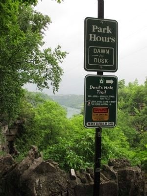Devil's Hole Trail Signs image. Click for full size.