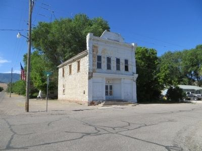 ZCMI Co-Op Building 1878-1930 / Glenwood Cooperative Mercantile image. Click for full size.
