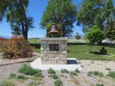 Settlement of Axtell Marker and Bell image. Click for full size.