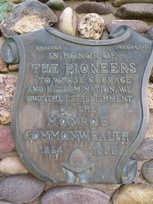 A Nearby Plaque Dedicated to the Pioneers image. Click for full size.