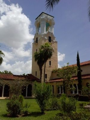 Coral Gables Congregational Church image. Click for full size.