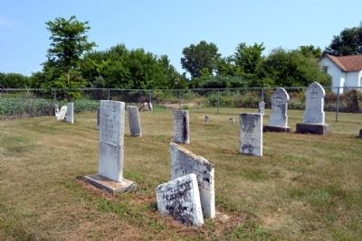 Roberts Cemetery image. Click for full size.