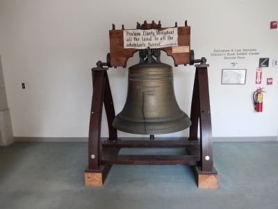 Vermont Liberty Bell Replica image. Click for full size.