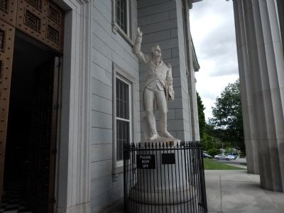 Ethan Allen Statue image. Click for full size.