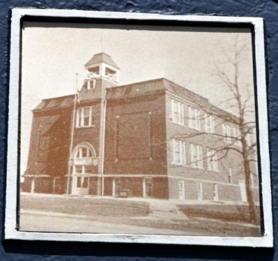 Banquo High School image. Click for full size.