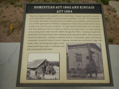 Homestead Act 1862 and Kincaid Act 1904 Plaque, Hickory Square Marker image. Click for full size.