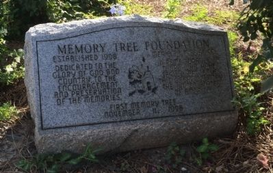 Another nearby marker shows Doughboy Statue in the stone. image. Click for full size.
