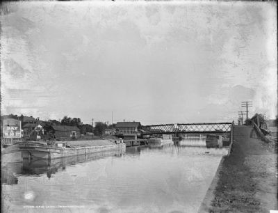 Erie Canal, Tonawanda, NY image. Click for full size.