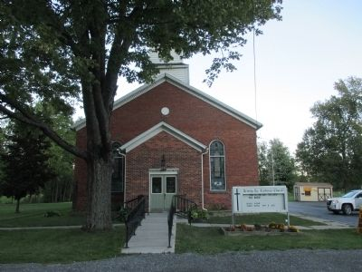 Trinity Ev. Lutheran Church image. Click for full size.