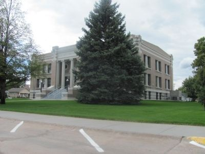 Custer County Courthouse image. Click for full size.