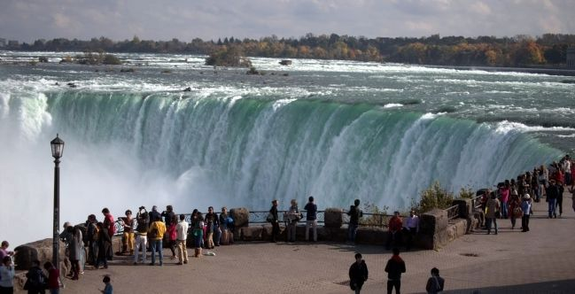 A Portion of Horseshoe Falls image. Click for full size.