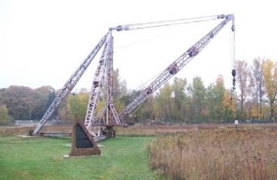 Quarry Derrick and Marker image. Click for full size.