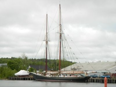<i>Bluenose II</i> at Lunenburg image. Click for full size.
