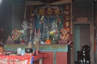 Temple Kwan Tai Interior image. Click for full size.