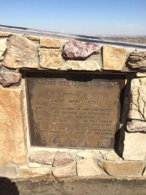 Lamont Odett Vista Point Marker Photo, Click for full size