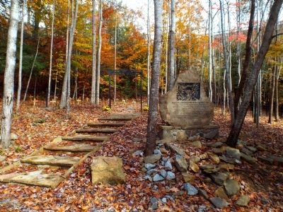 Hawks Nest Workers Memorial and Grave Site image. Click for full size.