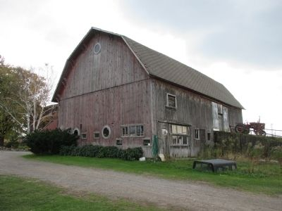 McClew Farm Barn - North and Rear image. Click for full size.