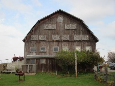 McClew Farm Barn - South Side image. Click for full size.