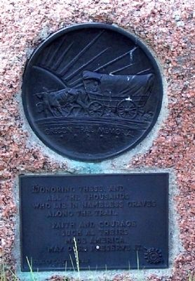 Oregon Trail Memorial Marker plaque image. Click for full size.
