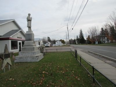 Bangor World War II Memorial - US 11 Eastward image. Click for full size.