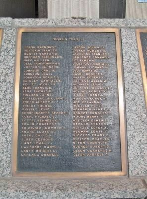 World War II Plaque image. Click for full size.