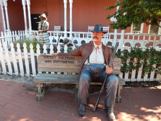 Sheriff Joe Perry Statue image. Click for full size.