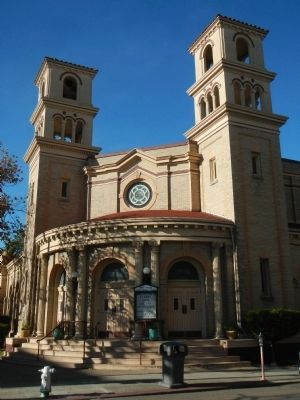 Alameda�s First Church image. Click for full size.
