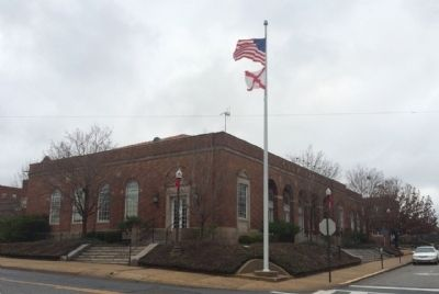 Auburn City Hall ( Former US Post Office) image. Click for full size.