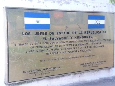 The Honduras and El Salvador Border Marker image. Click for full size.
