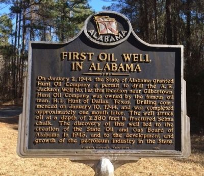 First Oil Well In Alabama Marker image. Click for full size.