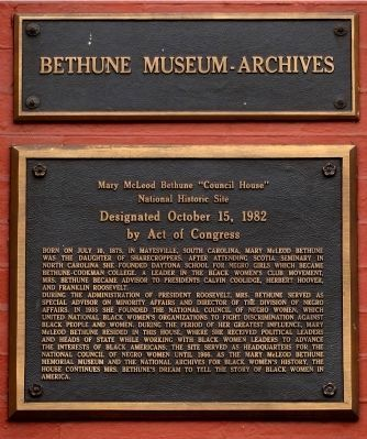 Bethune Museum-Archives image. Click for full size.