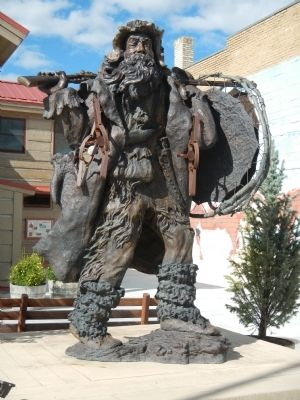 Mountain Man statue located in Pinedale, WY image. Click for full size.