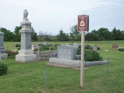 Santa Fe Trail Crossing Marker at Lutheran Cemetery image. Click for full size.