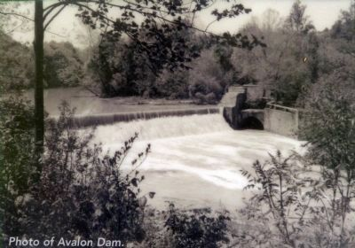 Photo of the Avalon Dam image. Click for full size.