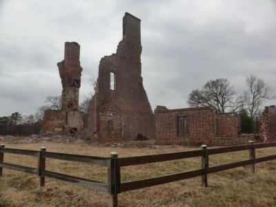 Java Plantation mansion ruins image. Click for full size.