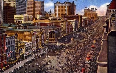 <i>Mardi Gras Crowds on Canal Street, New Orleans, La.</i> image. Click for full size.
