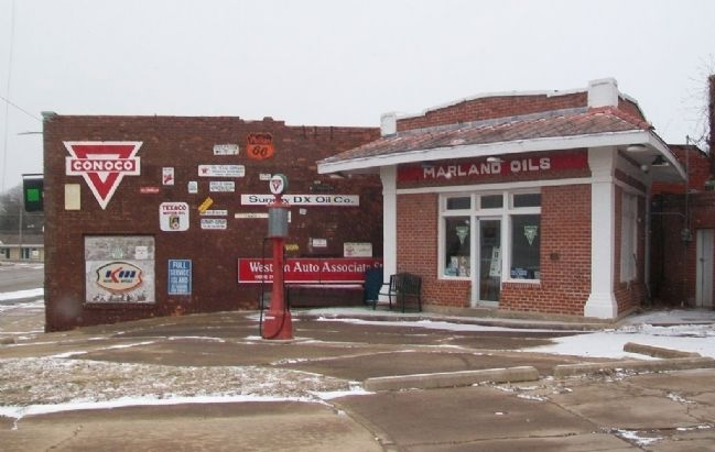 Marland Filling Station image. Click for full size.