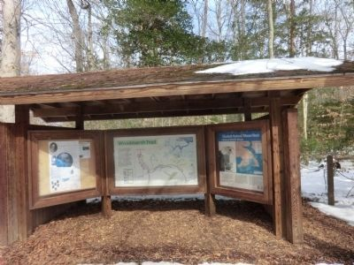 Elizabeth Hartwell Mason Neck Wildlife Refuge-kiosk shelter image. Click for full size.