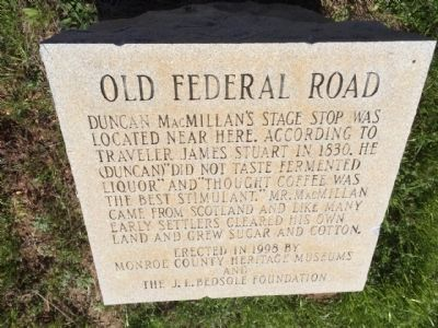 Old Federal Road Marker Monument image. Click for full size.