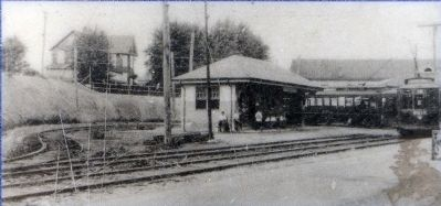 Overlea Waiting Station, 1925 image. Click for full size.