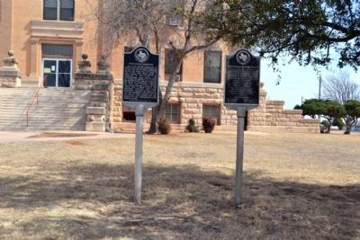 Foard County Courthouse and First Officials of Foard County Markers image. Click for full size.