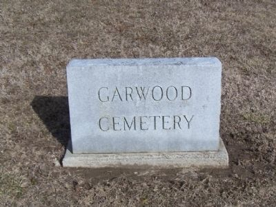 Garwood Cemetery image. Click for full size.