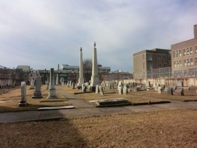 Federal Street Burial Ground image. Click for full size.