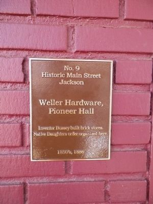 Weller Hardware, Pioneer Hall Marker image. Click for full size.